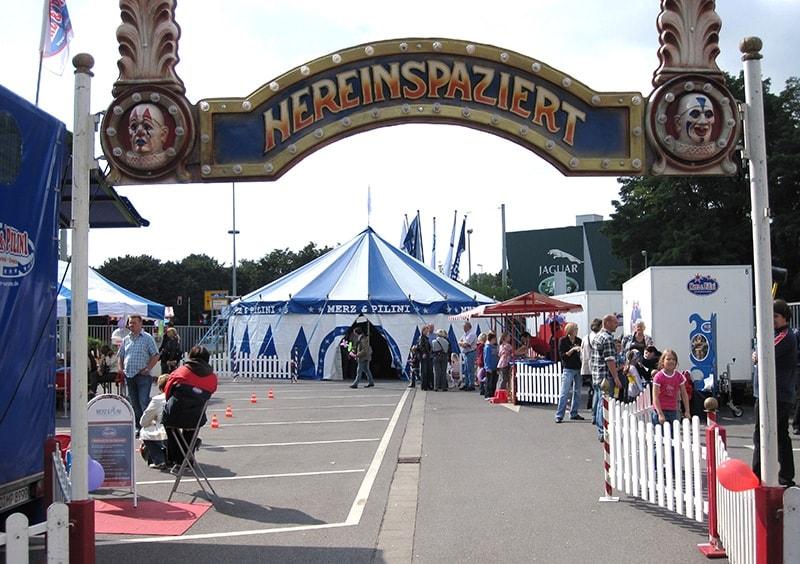 Eingang Jahrmarkt