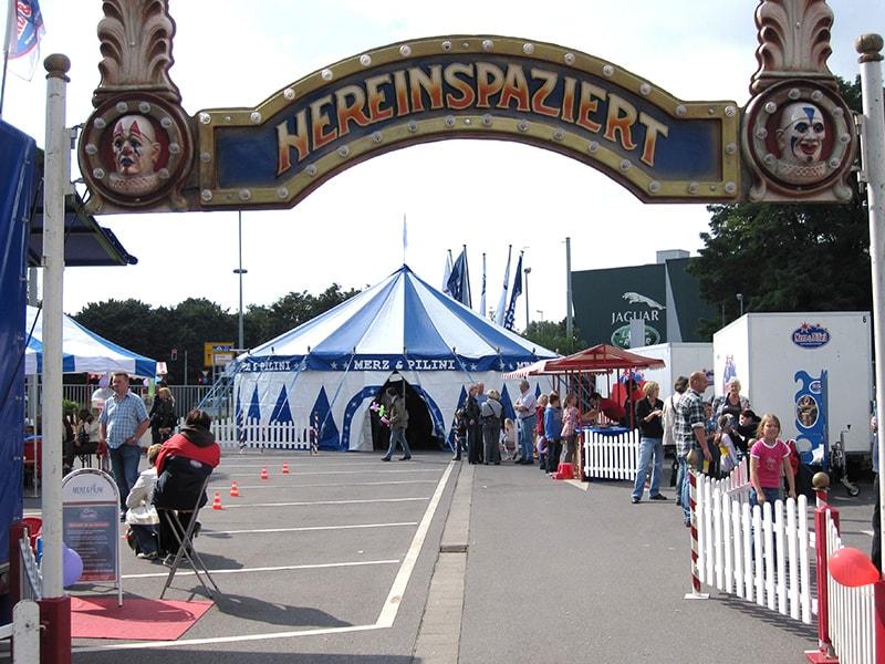 Eingang-Jahrmarkt