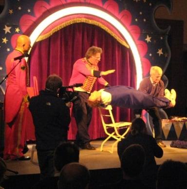 circus_shows_mitarbeiter_workshop_show_illusionen
